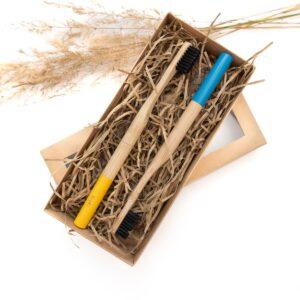 Bambukinių dantų šepetėlių rinkinys YELLOW & BLUE, VEG4U